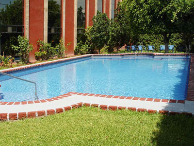 Hotel casa grande aeropuerto informaci n del hotel agosto for Hoteles con piscina en guadalajara