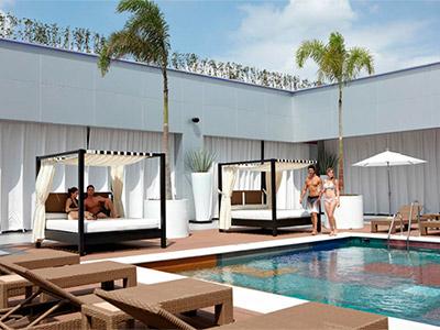 Fotograf as del hotel riu plaza guadalajara for Hoteles con piscina en guadalajara
