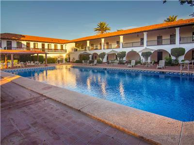 Hotel playa de cort s playa en san - Piscina san carlo ...