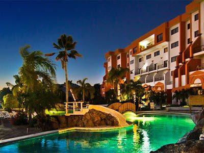 San carlos plaza habitaciones desde 2 151 hotel en - Piscina san carlo ...