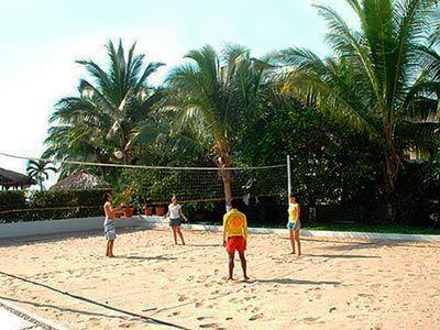 Beach Club - Volleyball