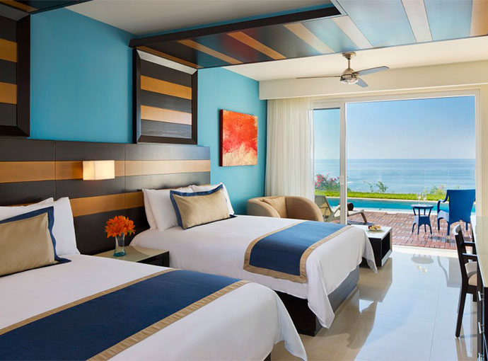 Preferred Junior Suite Ocean Front Double