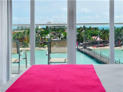 Deluxe Jacuzzi Ocean View Room