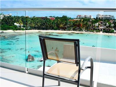 Deluxe Jacuzzi Ocean View Room - Balcony