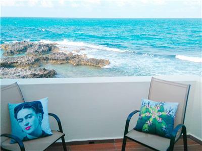 Deluxe Villa Ocean Front Suite - Balcony