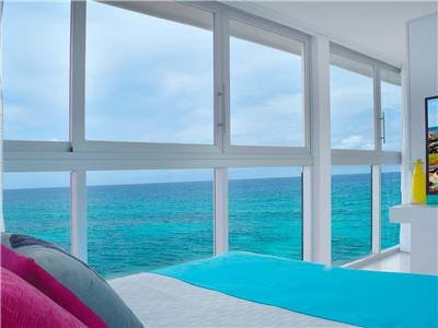 Superior Ocean Front Room