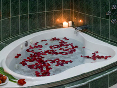 Romantic Jacuzzi Suite - Another View