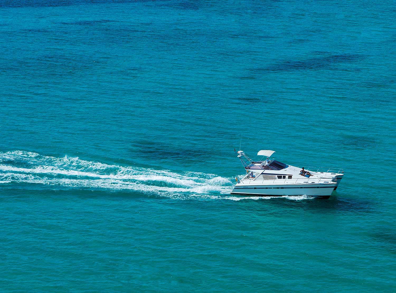 Yacht Rental Service
