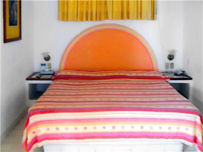 Traditional Mexican Style with 1 King Bed