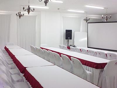 Moderniza - Montaje Escuela