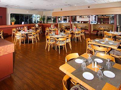 Restaurante Smokehouse Grill Ramada Gateway Orlando