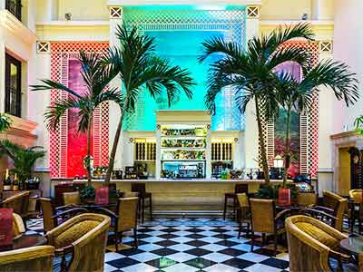 Bar Mezzanine Hotel Saratoga