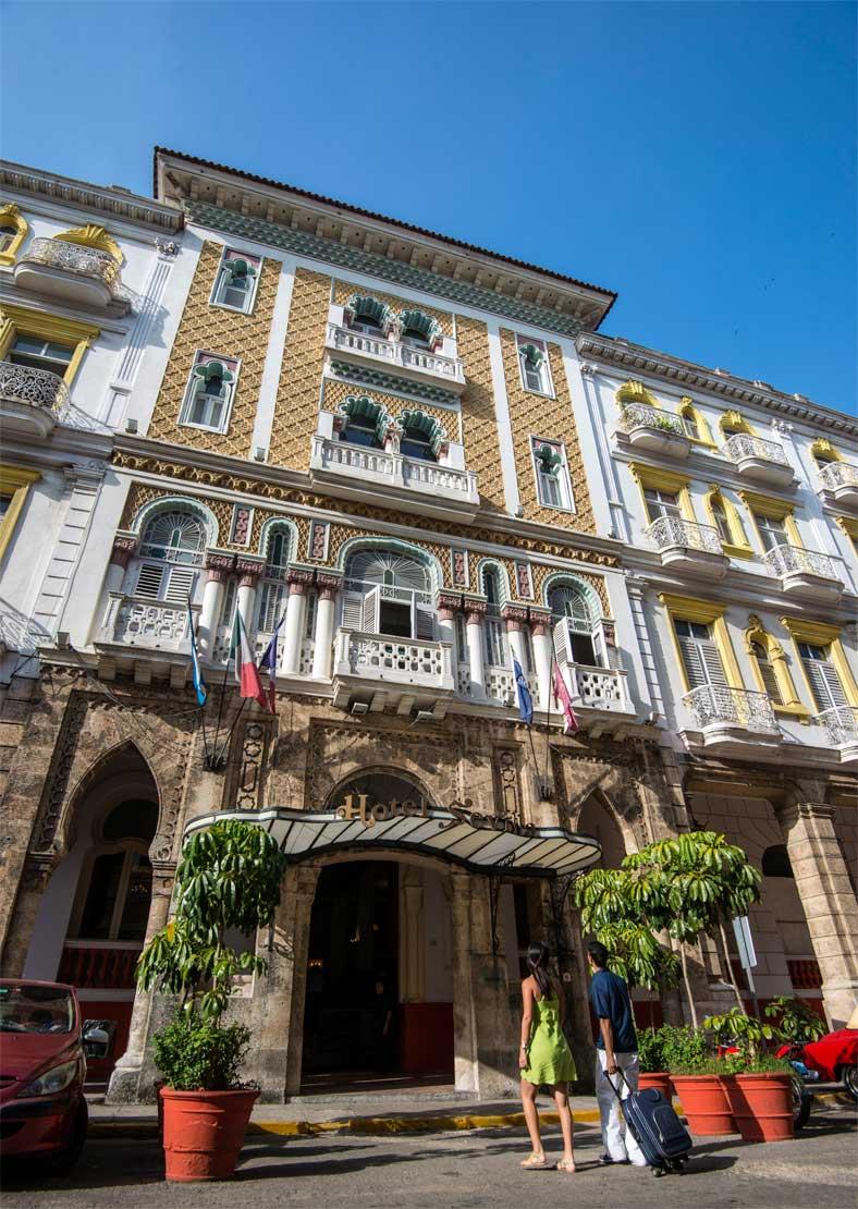 fachada Hotel Sevilla
