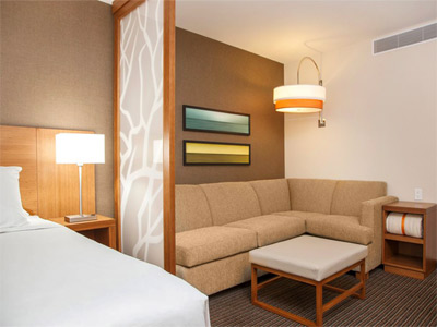 Hyatt Place One King Bed Room