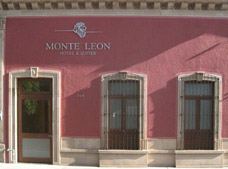 Monteleon Hotel and Suites