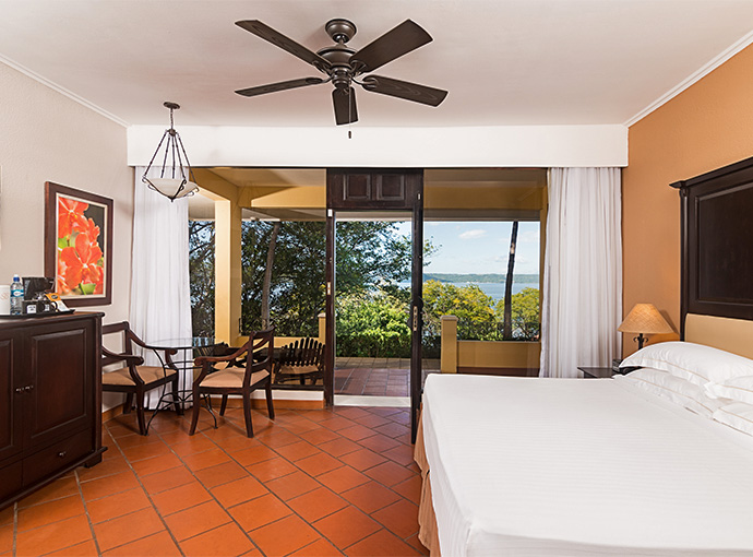 Costa-Rica-Occidental-Del-Bay-View-Rom-GRDLX Occidental Papagayo All Inclusive Adults Only Resort