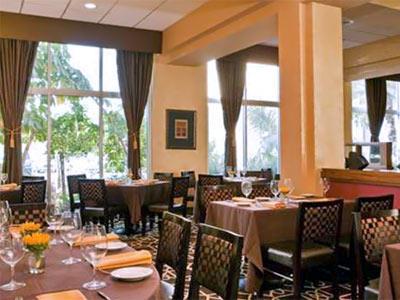 TerraNova Restaurant & Bar