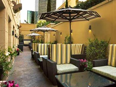 Chester´s Downtown Restaurant - Patio