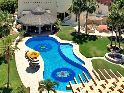 Pool - Panoramic View