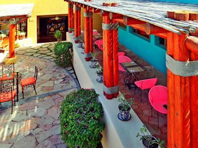El Tabachin Restaurant - Exterior