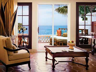 Ocean Front Superior - Living Room