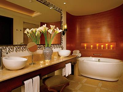 Master Suites - Bathroom
