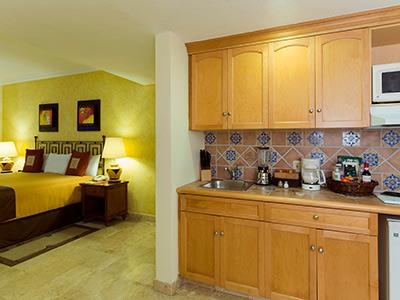 One Bedroom Suite - Kitchenette