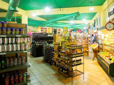Deli Palmita Market