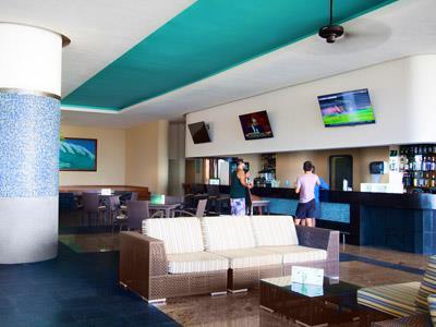 Acuario Lobby and Show Bar Barceló Gran Faro Los Cabos