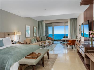 Suite Familiar Ambassador Vista al Mar