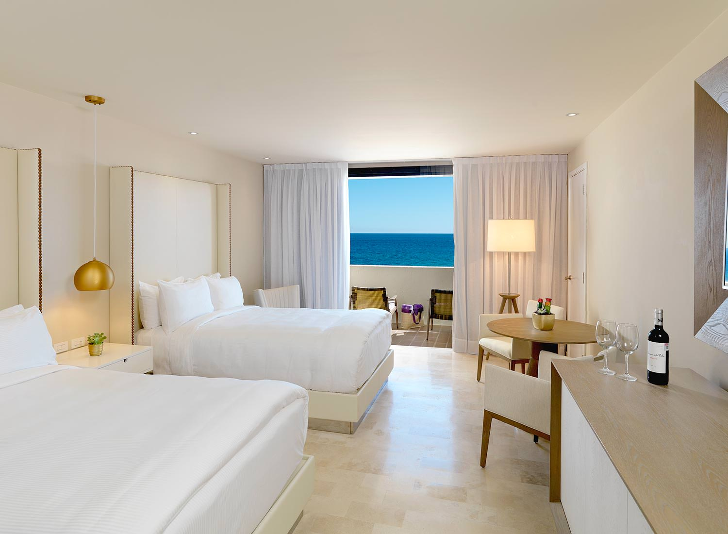 Suite Royal Service Vista al Mar