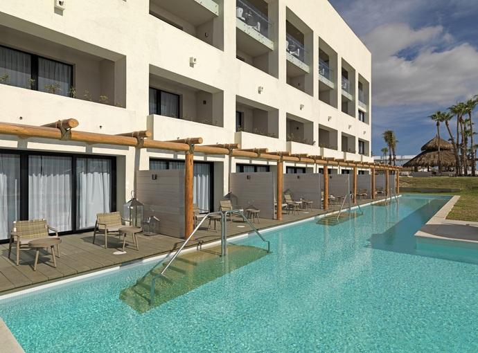 The Reserve Swim Up Ocean Front Suite
