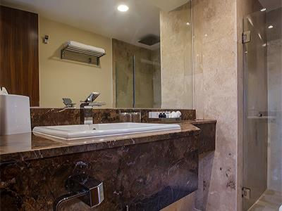 Deluxe Residence King Size or Double - Bathroom