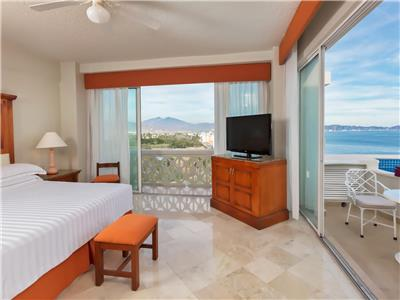 Master Suite Ocean Front View Premium Level