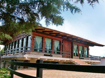 Salón Pino - Exterior