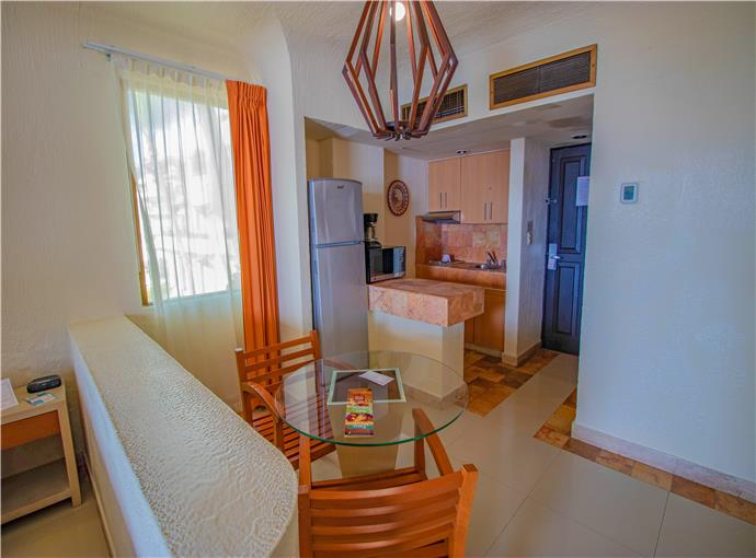 Studio Ocean View with Balcony and Kitchenette