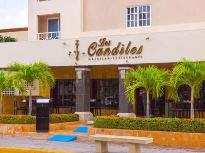 Los Candiles - Entrada