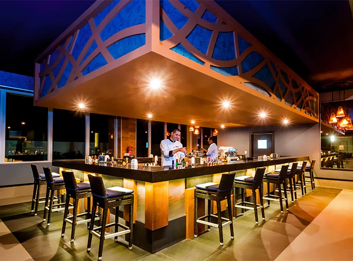 El Estero Lounge Bar
