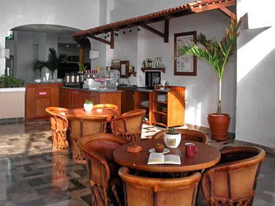 Cafetería - Mesas