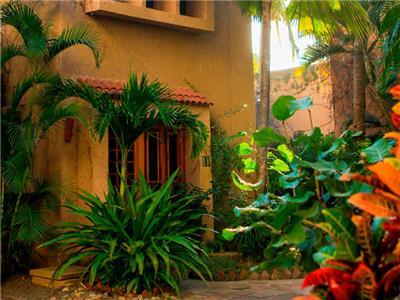 Villa con Vista al Jardín