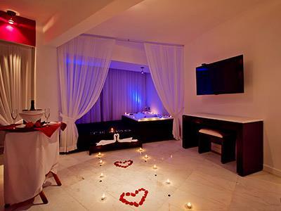 Premier Romance Jacuzzi Suite Ocean View