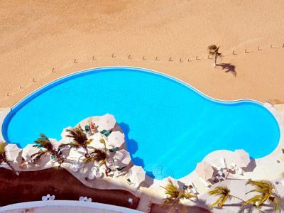 Panoramic View Beah and Pool