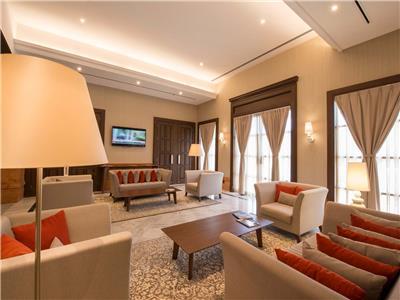 Living Area - Business center