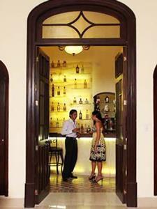 Bar Los Vitrales - Entrada