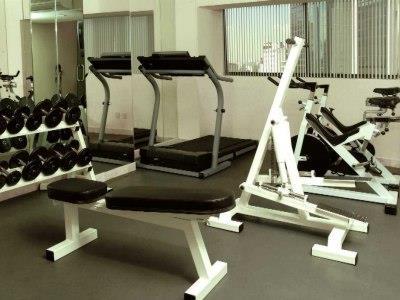 Fotograf as del hotel misi n reforma for Gimnasio gym forma