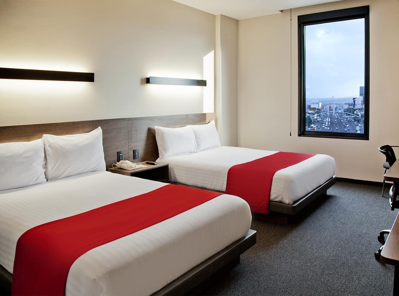 City express plus sat lite habitaciones desde 1 440 for Hoteles minimalistas en espana