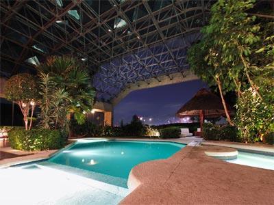 Fotograf as del hotel sevilla palace for Piscina avenida ciudad jardin sevilla