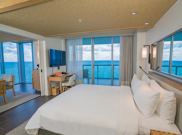 One Bedroom Suite - King Bed Ocean Front