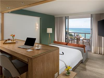 Junior Suite - King Bed Ocean View