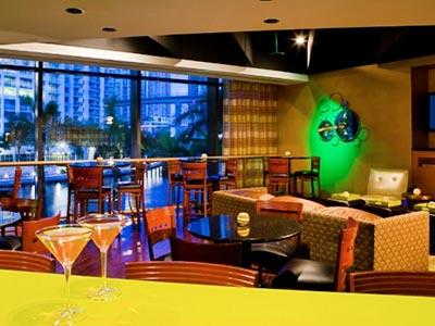 Pure Verde Lounge Bar